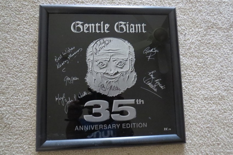 File:35th anniversary plaque signed.jpg